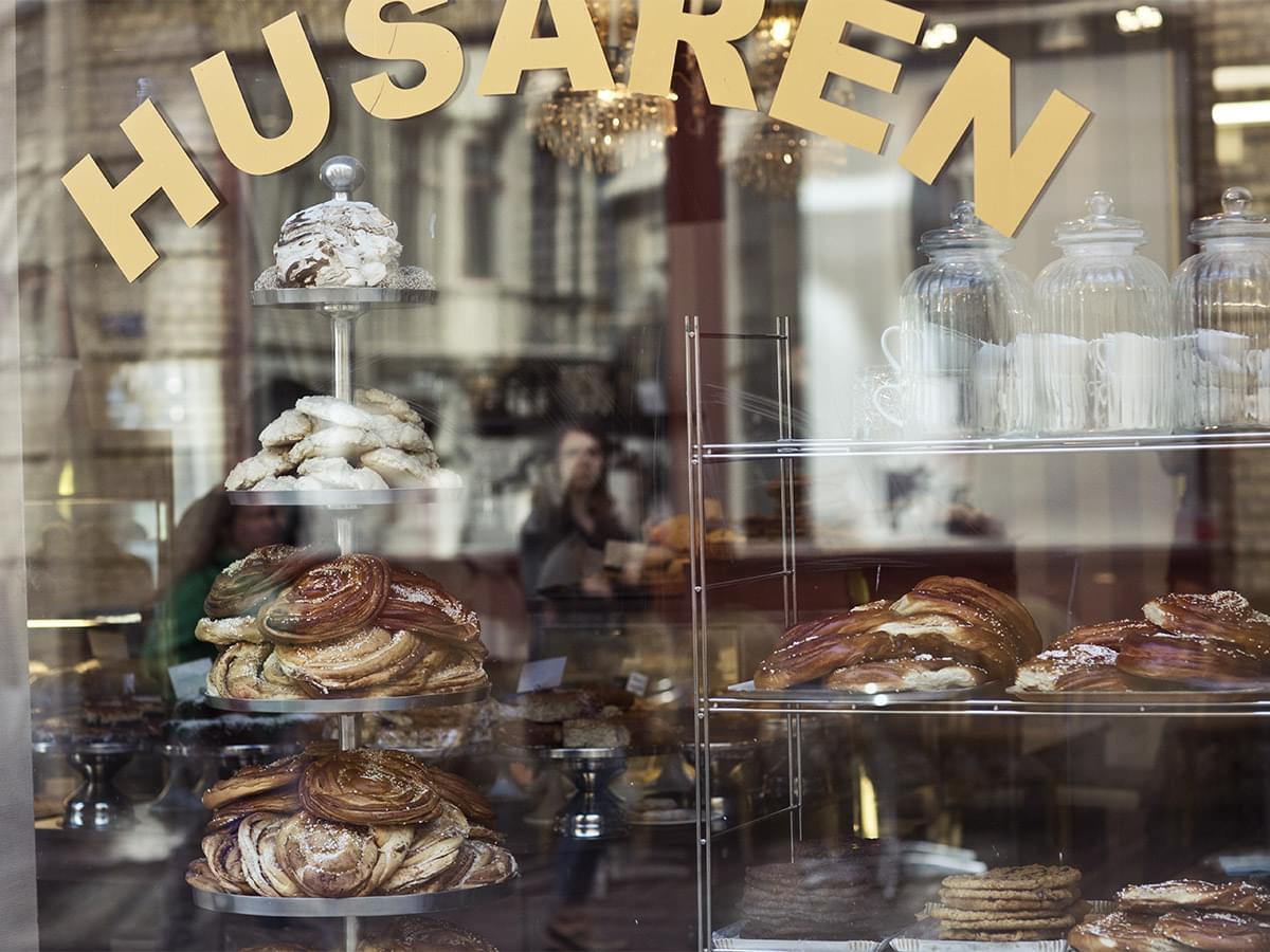 Cinnamon buns at Café Husaren, Haga Nygata