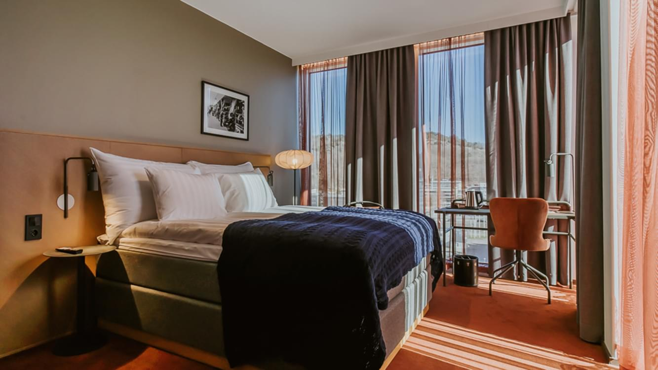 Hotellrum, dubbelsäng